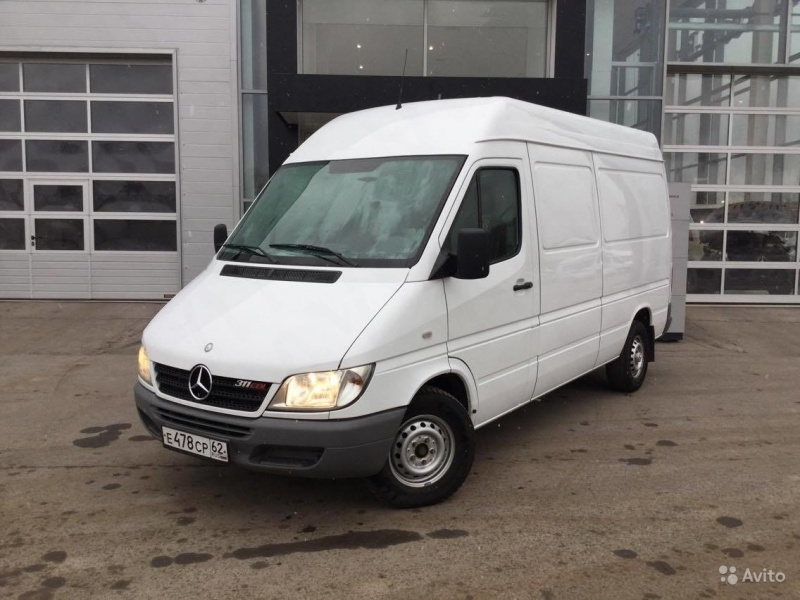 Mercedes- Benz Sprinter  311